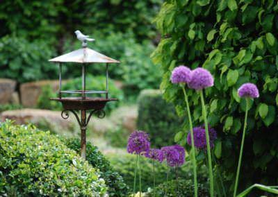 Kerttervezés - madáretetőt is ...