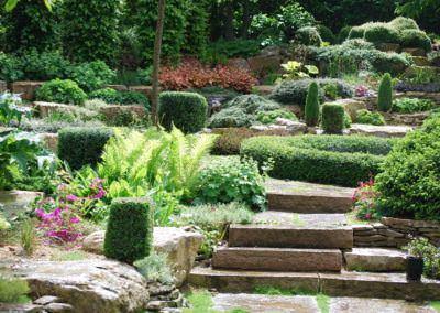 Kerttervezés - lépcsők a kertben